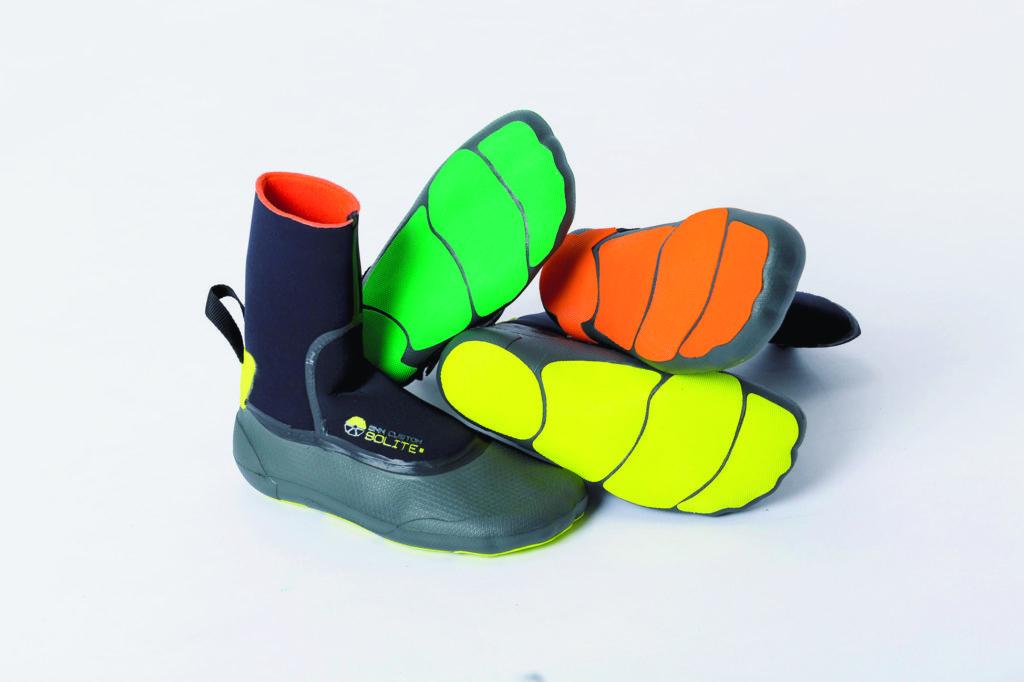 ソライトのサーフブーツ