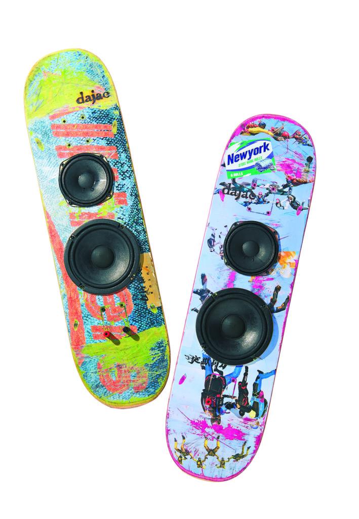 「ダジャック」の スケートボードスピーカー